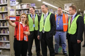 Gov. Markell, Lt. Governor Denn Visit Delaware Amazon Facility