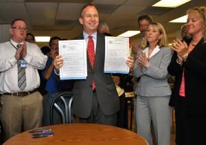 Governor Signs Bill Modernizing Delaware's Mental Health System