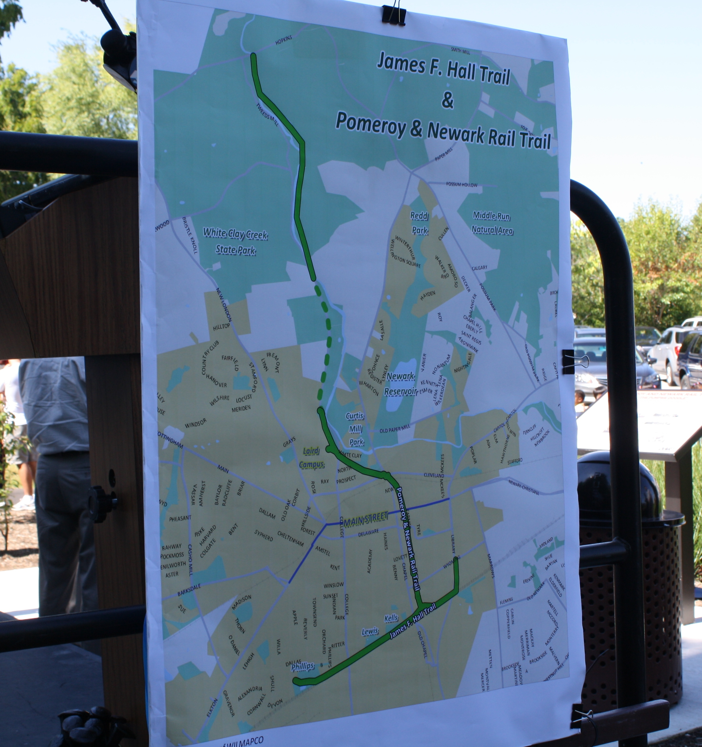 ficials celebrate Pomeroy and Newark Rail Trail opening State