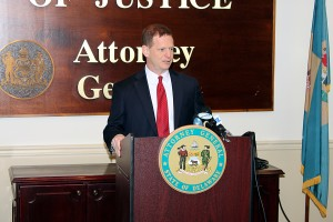 """Attorney General Matt Denn announcing proposed changes to Delaware's """"Violent Felony"""" law."""
