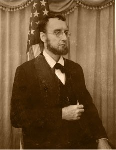 Bob Gleason of the American Historical Theatre will portray President Abraham Lincoln on April 26, 2015.