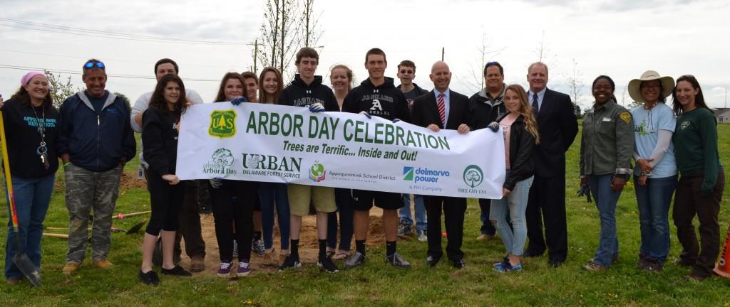 Arbor Day AHS Group Shot4