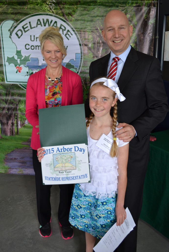 Senator Bethany Hall-Long (D-10, Middletown) and Governor Jack Markell recognized fourth-grader Rain Vasey of Lincoln's Watergirl Farm Academy as the winner of the annual Arbor Day School Poster Contest.