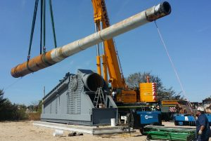 Mighty Mo's big gun moved to permanent resting place