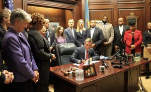 Governor Carney signs Executive Order 27